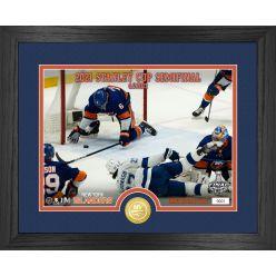 Ryan Pulock New York Islanders 2021 Game Saver Bronze Coin Photo Mint